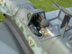 Robert_Me109_Cockpit.jpg